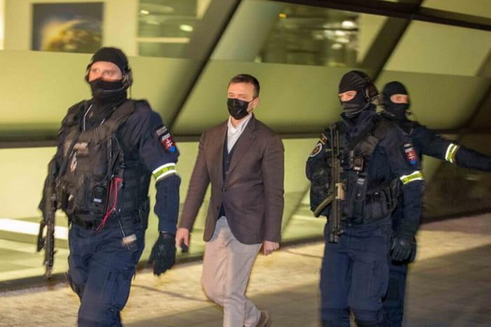 У сусідній Словаччині затримали одного із найбагатших людей країни – мільярдера Ярослава Гащака