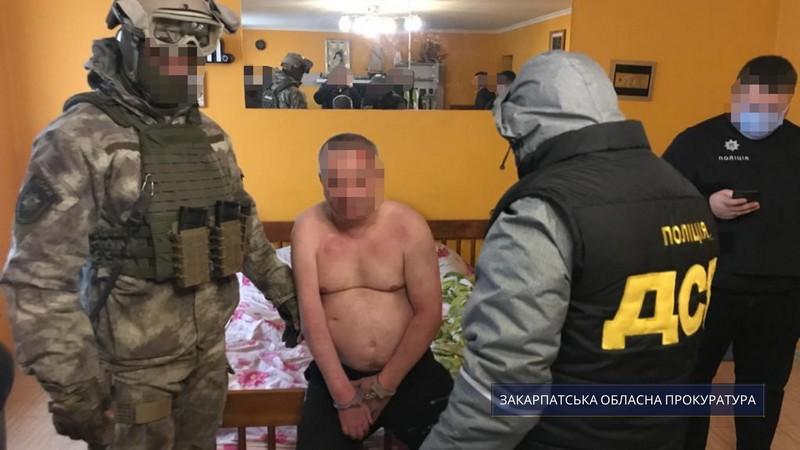На Закарпатті організатору та членам банди обрали запобіжні заходи
