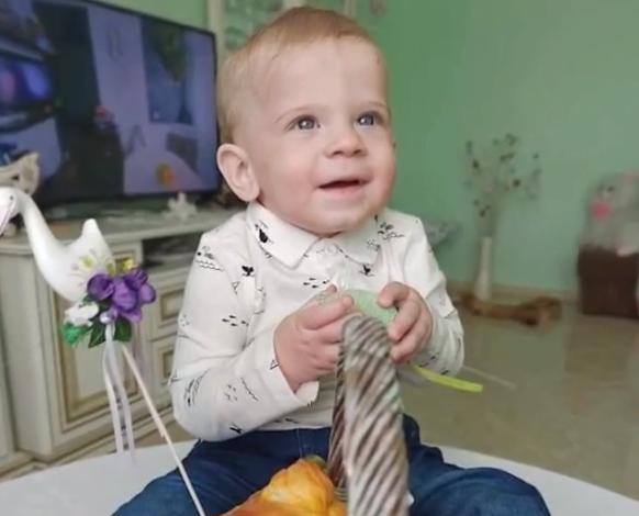 Маленький мукачівець Ростислав Барна потребує допомоги небайдужих