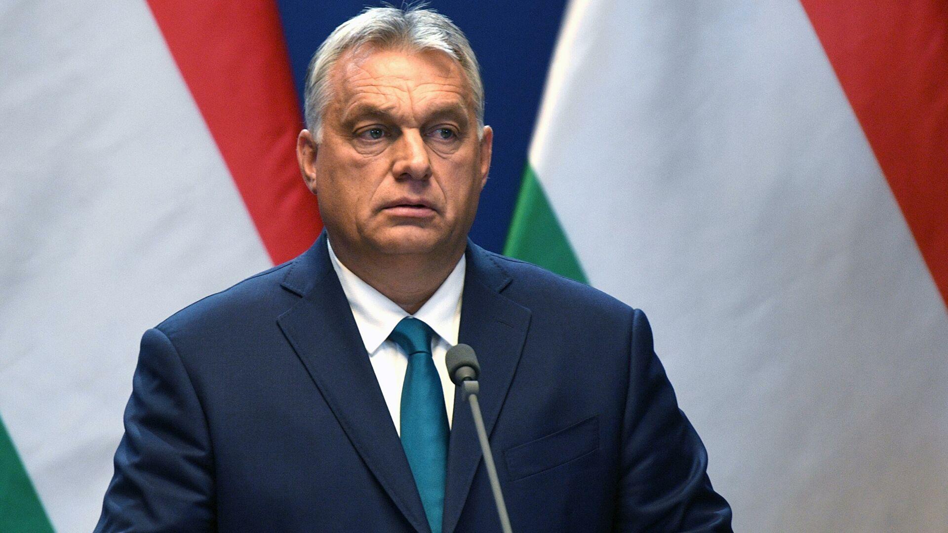 Угорщина продовжила комендантську годину
