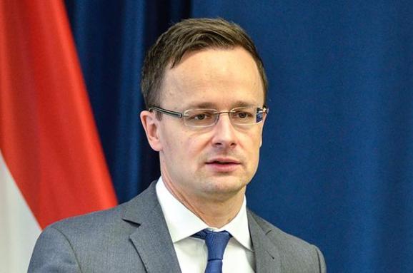 Міністр закордонних справ Угорщини в Раді ЄС намагався поскаржитись на Україну