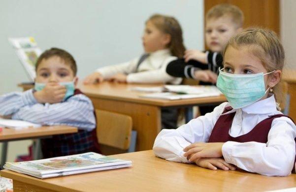 Зимові канікули 2021: коли школярі України підуть на канікули і чи вплине локдаун на їх тривалість