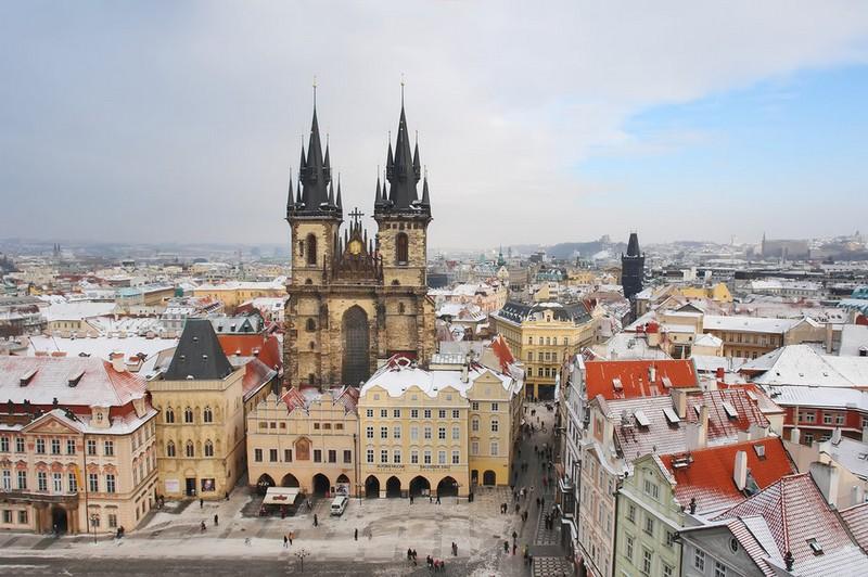 У Чехії із 27 грудня вводять тотальний карантин