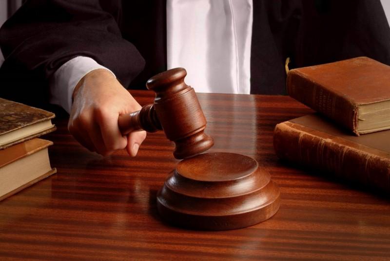 Суд обрав запобіжний захід чоловіку, який побив жінку