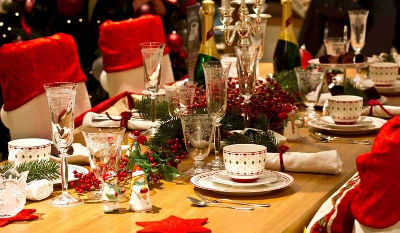 Як працюватимуть ресторани у новорічну ніч: Кабмін вніс суттєві зміни