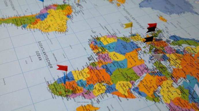 """МОЗ оновило перелік """"червоних"""" країн. До нього увійшли дві нові країни – Британія та Німеччина"""