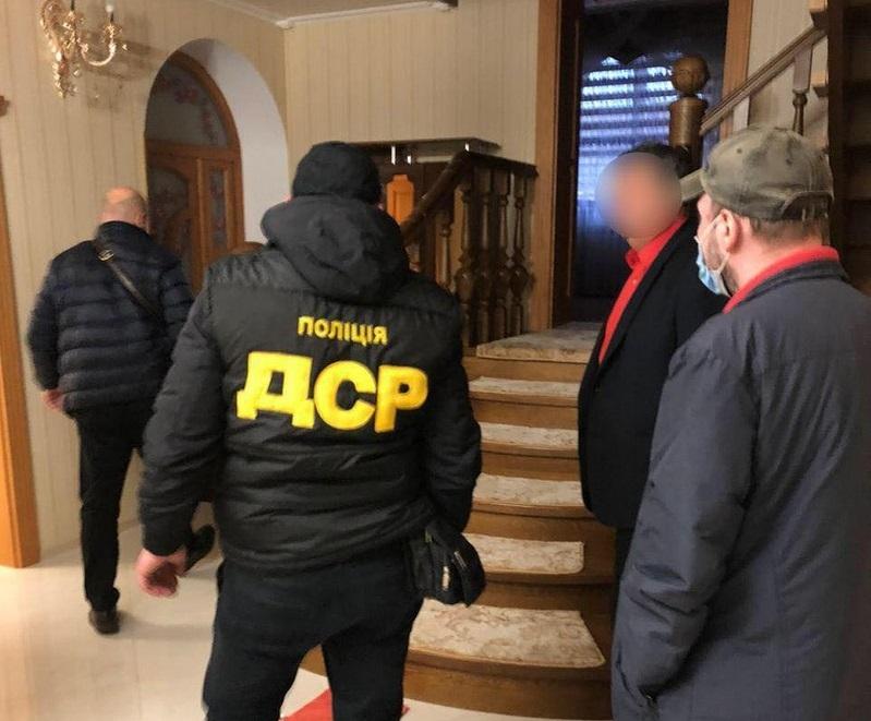 Обшуки на Мукачівщині: голову Івановецької ОТГ Михайла Мишкулинця підозрюють у злочинах