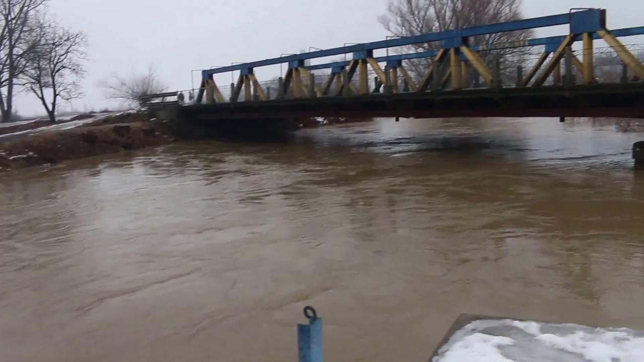 По опівночі на річці Боржава очікують другу хвилю паводку
