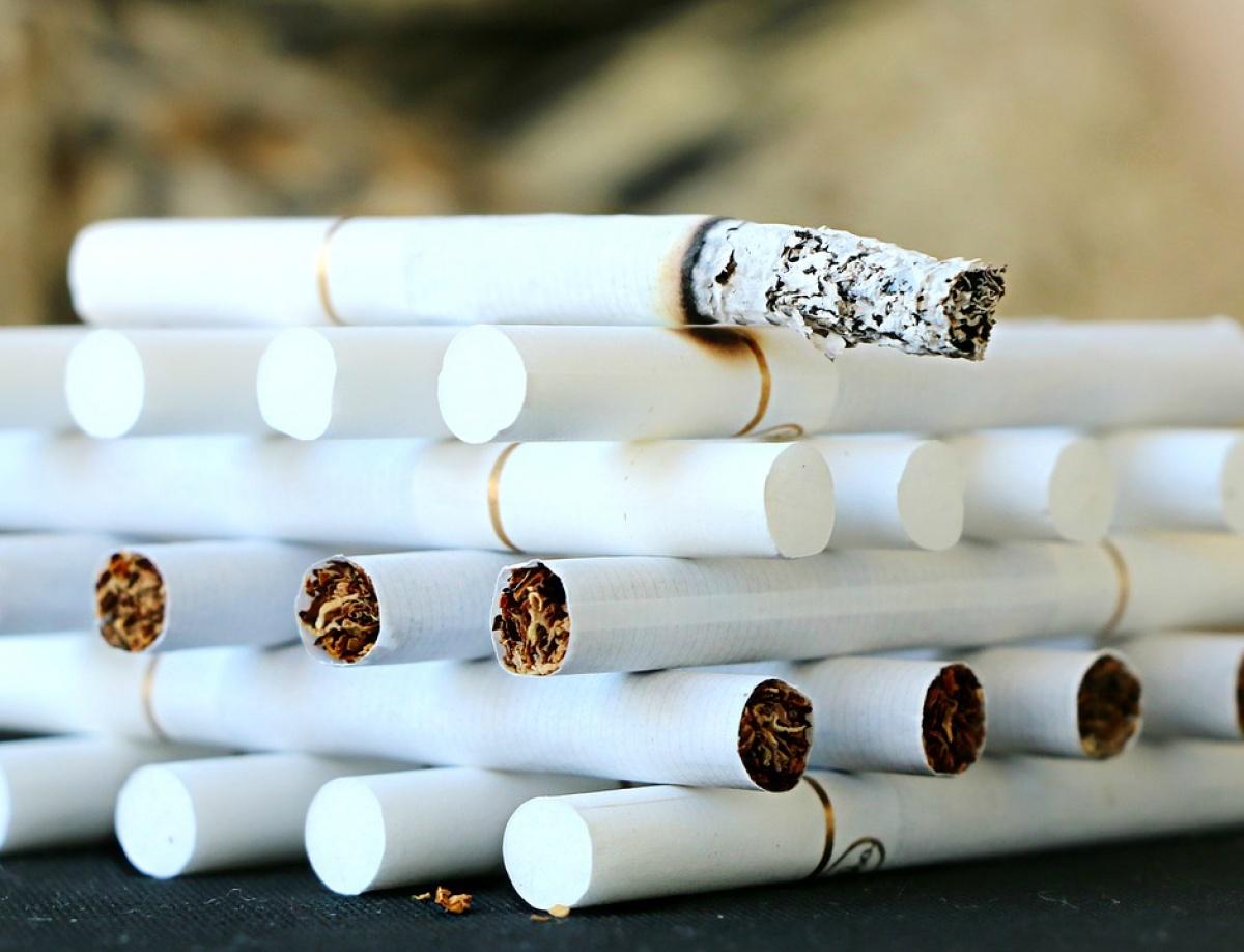 В Україні зросли акцизи на сигарети: скільки доведеться платити за пачку
