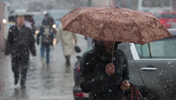 Сильні дощі на території Закарпаття триватимуть і сьогодні