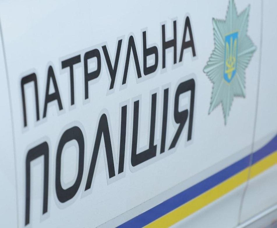 Поблизу Мукачева перекинувся автомобіль: опубліковано відео