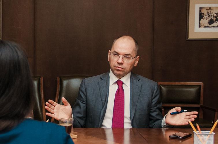 Українцям слід готуватись до нового карантину: відомо, коли його впровадять