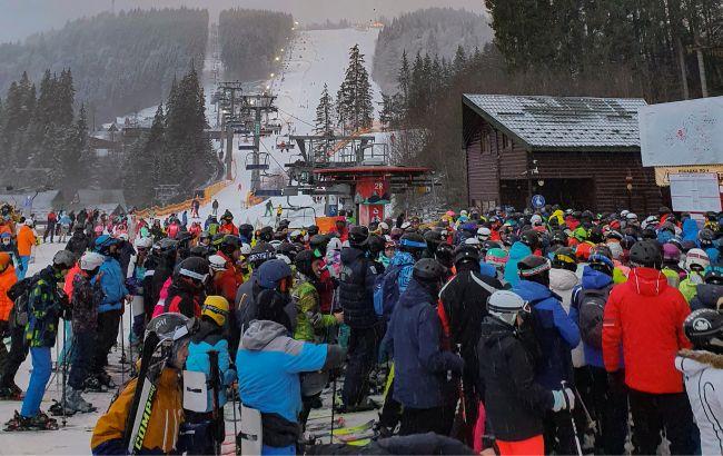 Нацполіція та МОЗ перевірять роботу гірськолижних курортів