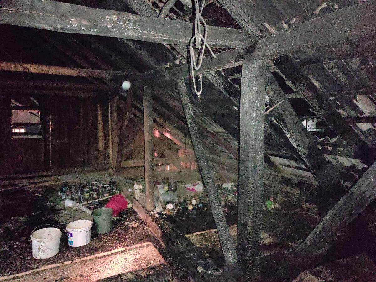 Рятувальники із двох міст Закарпаття гасили пожежу у одному із сіл