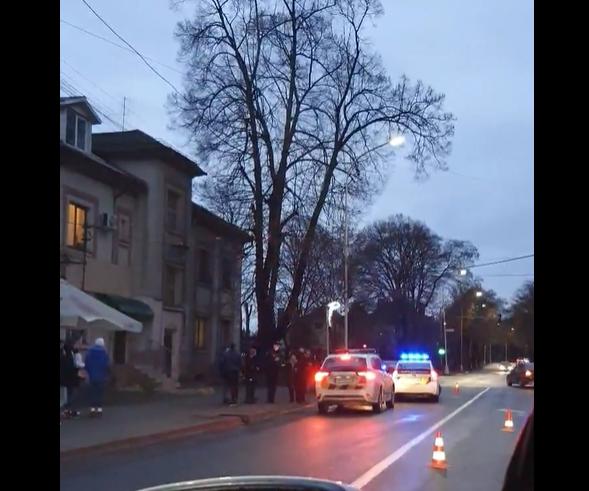 З'явилося відео з місця аварії за участі машини патрульної поліції