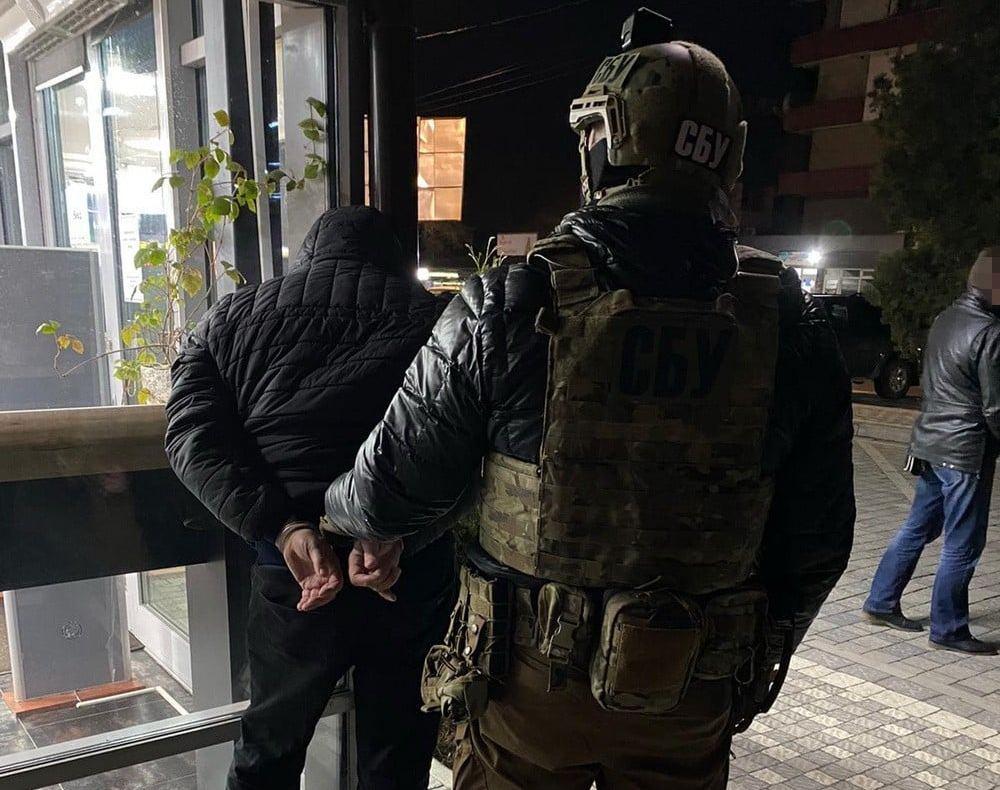 Спецоперація СБУ на Закарпатті: затримано осіб, які тримали у страху людей