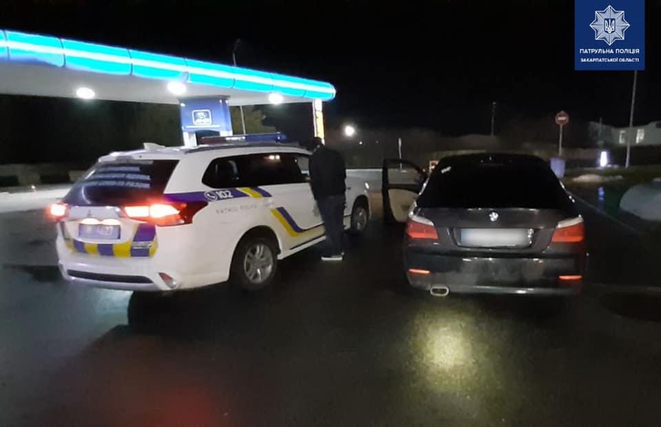 Поліція влаштувала погоню за водієм: оприлюднено фото