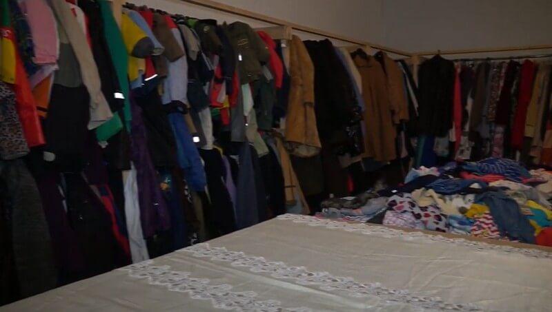 У місті Мукачево на Закарпатті відкрили незвичний магазин, де все можна придбати за дякую