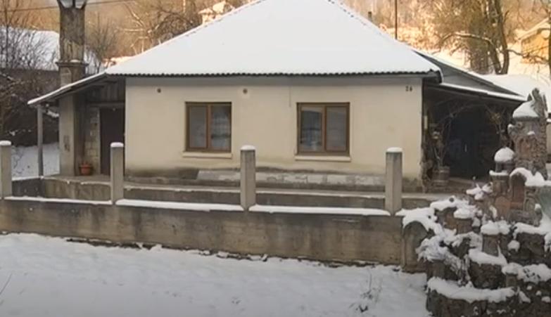 Вся Україна вражена: незвичний будинок знайшли на Закарпатті