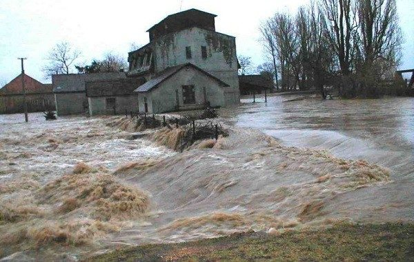 Річки Закарпаття можуть вийти з берегів
