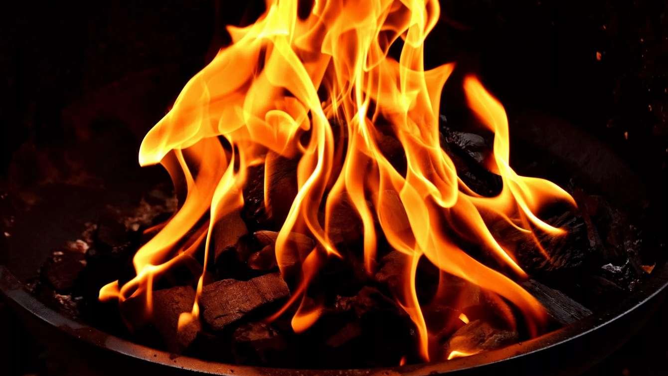 Закарпатець на пожежі отримав сильні опіки, згодом він помер