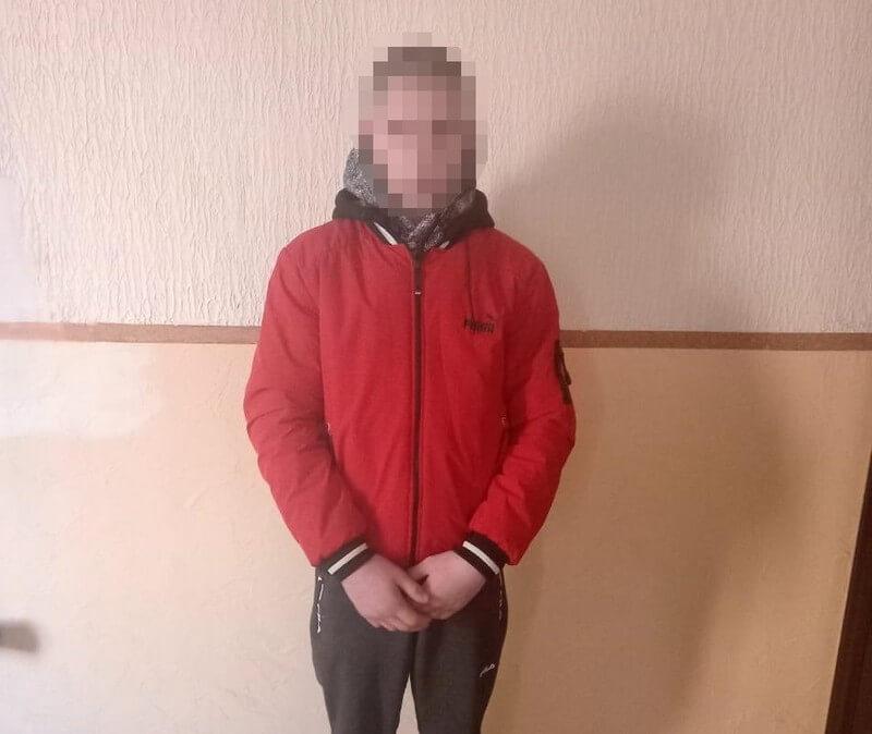 14-річний юнак проник у крамницю