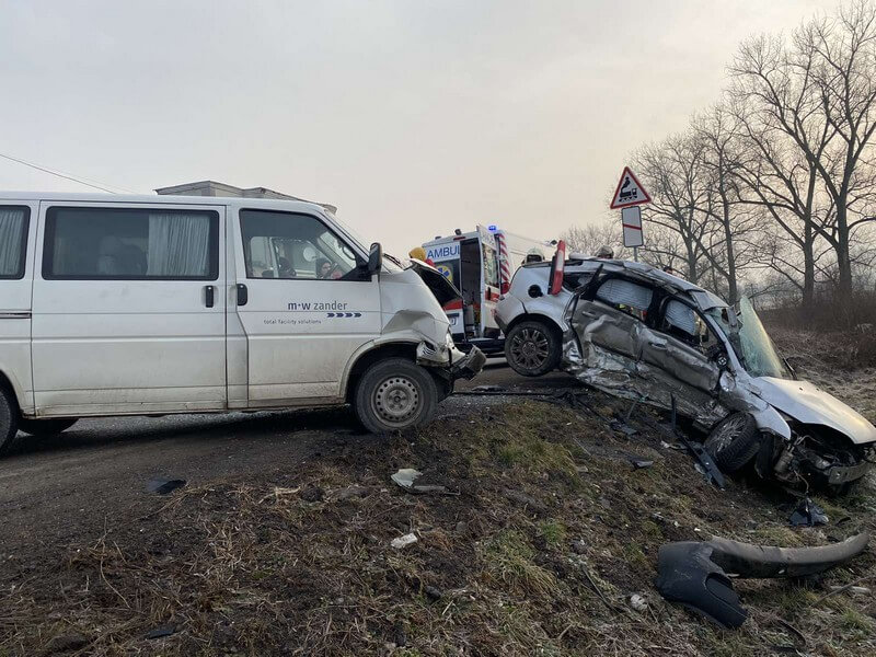 Вранці сталась моторошна ДТП у селі Сільце. Тіло вирізали з понівеченої машини