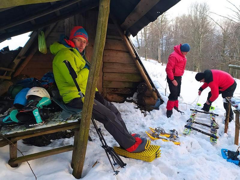 У горах турист зламав ногу і не міг покликати на допомогу