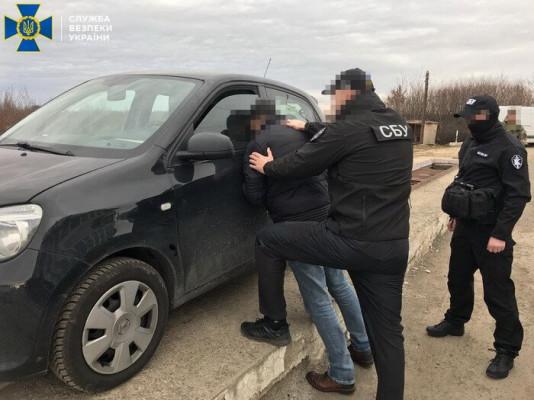 Затриманого СБУ контрабандиста засуджено до 9 років ув'язнення