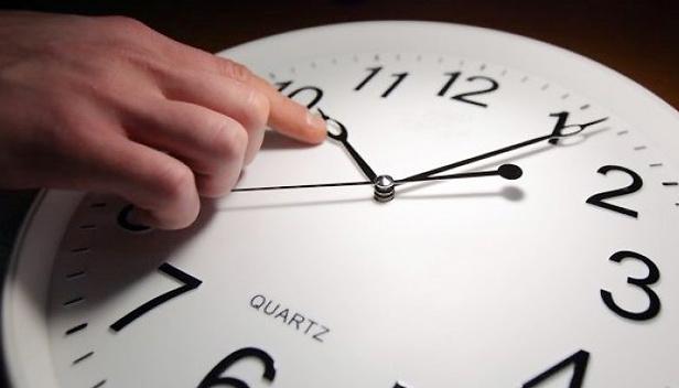 Стефанчук озвучив важливе уточнення про скасування переведення годинників