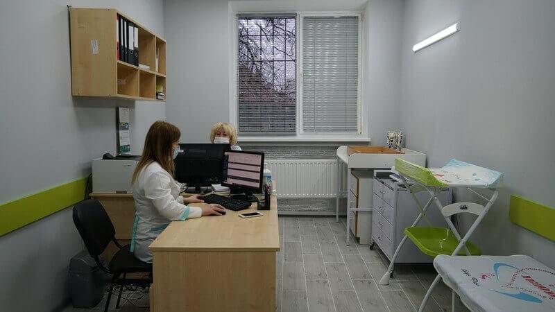 На ФАПи й амбулаторії в приєднаних селах Мукачівської ТГ спрямували 10 мільйонів