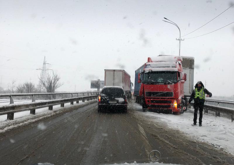 Ранкова ДТП у Мукачеві: фото з місця події