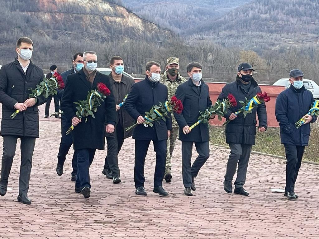 У Закарпатті вшанували подвиг героїв та січовиків Карпатської України