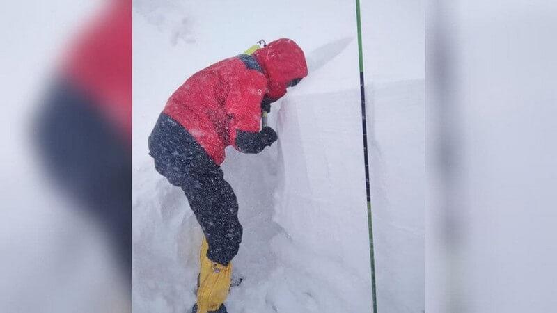 У горах подекуди намело до 2 метрів снігу