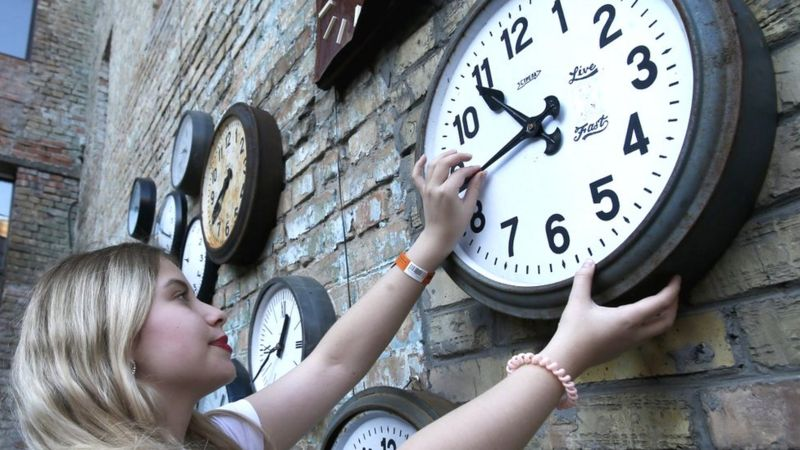 Рада провалила скасування переведення годинників: законопроєкт доопрацюють