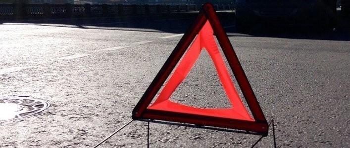 """ЗМІ повідомляють про аварію за участі """"швидкої"""": опубліковано відео"""