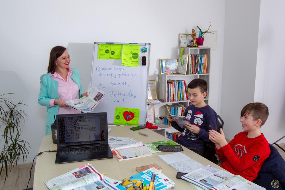 """Вивчення мови без проблем або Як """"Мовна студія Тетяни Summers"""" у Мукачеві досягає успіху"""