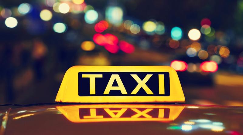 Закарпатські патрульні звернулись до водіїв таксі