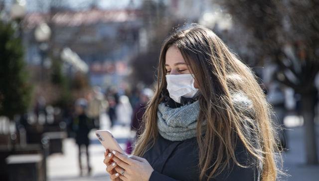 """У """"червоних"""" зонах уряд заборонив ходити по парках та вулицях без масок"""