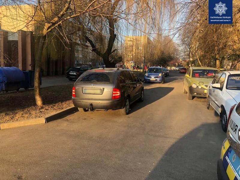 У Мукачеві сталась аварія. Розшукують очевидців ДТП