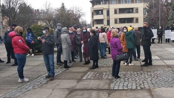 Ужгородці мітингували біля міської ради