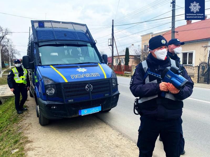 Патрульні фіксують порушення ПДР у Мукачеві й Ужгороді