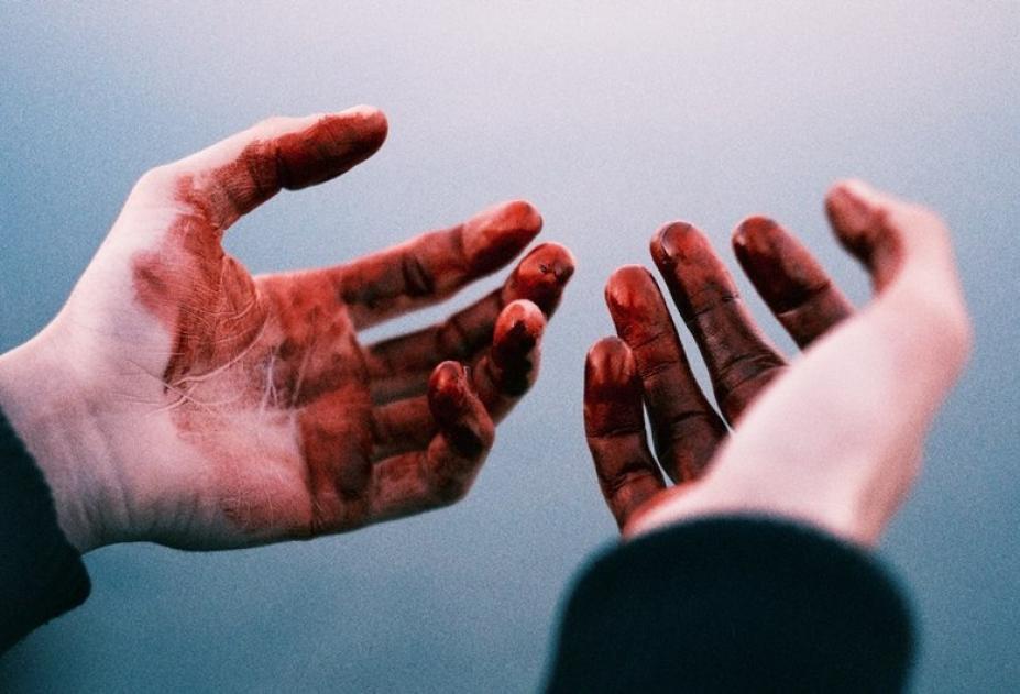 Взяли під варту чоловіка, який із ножем у руках напав на жінку