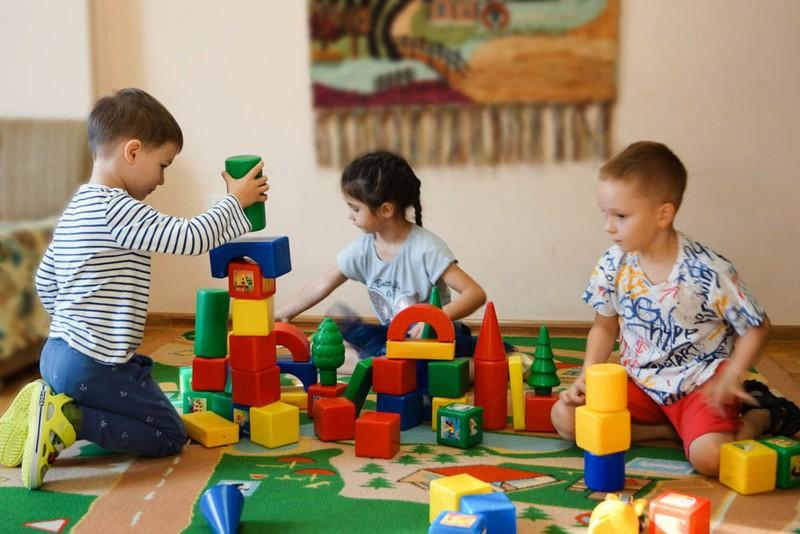 Відомо, чи відкриють наступного тижня школи і садочки Мукачева