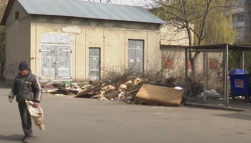 Страшно дітей на вулицю випускати: жителі одного з мікрорайонів Мукачева б'ють на сполох