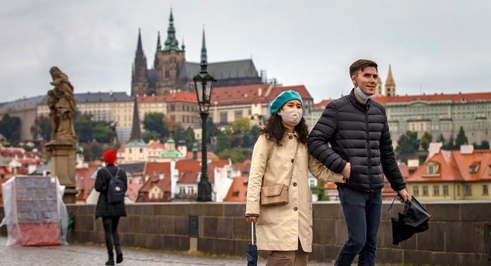 У Чехії планують послабити жорсткі карантинні обмеження