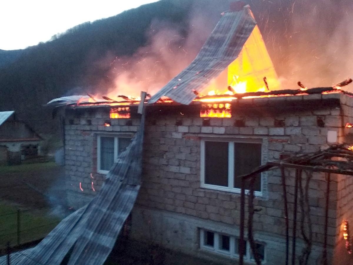 Велика пожежа: через проблеми із мобільним зв'язком, люди не змогли оперативно викликати рятувальників