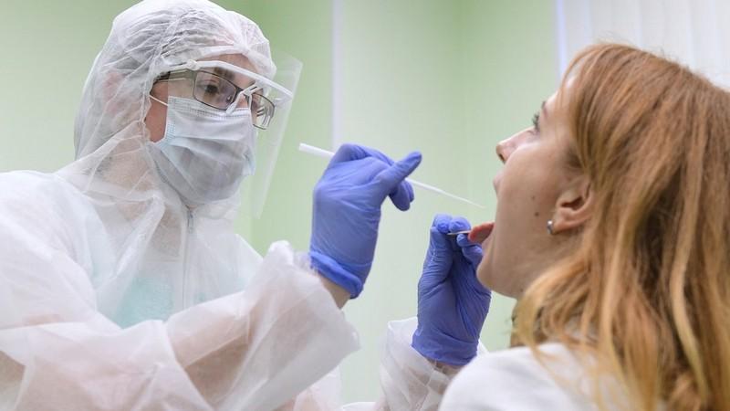 Найбільше хворих на COVID-19 за добу виявили в Ужгороді і двох районах