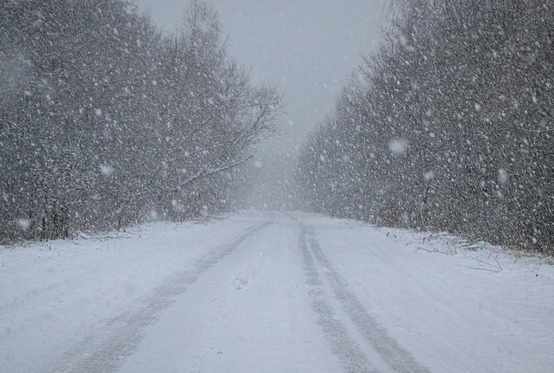 Через сильні снігопади на одному з перевалів Закарпаття обмежили рух