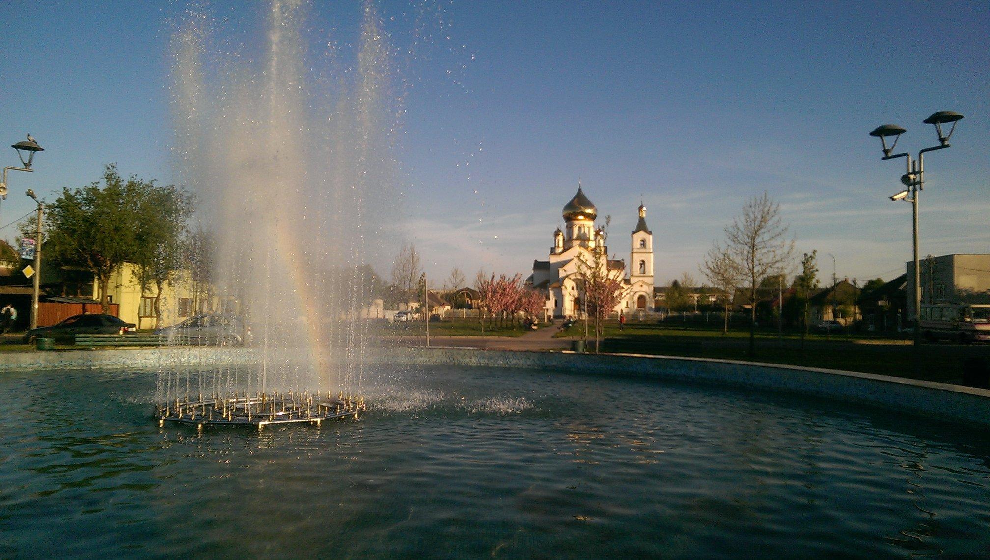 У Мукачеві запрацював найбільший фонтан міста